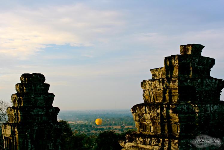 temple angkor coucher soleil